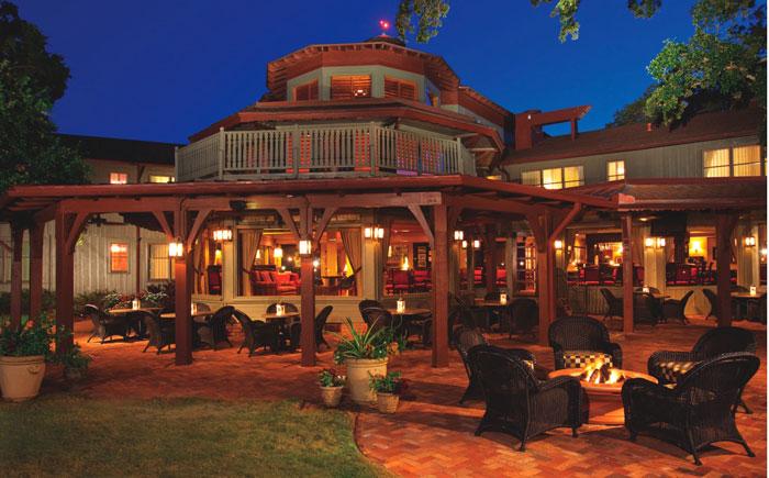 Marriott Grand Hotel & Spa – Outdoor Patio